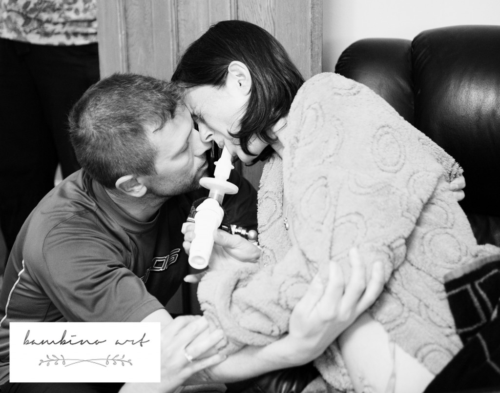 home_birth_devon_bambino_art_uk_birth_photographer