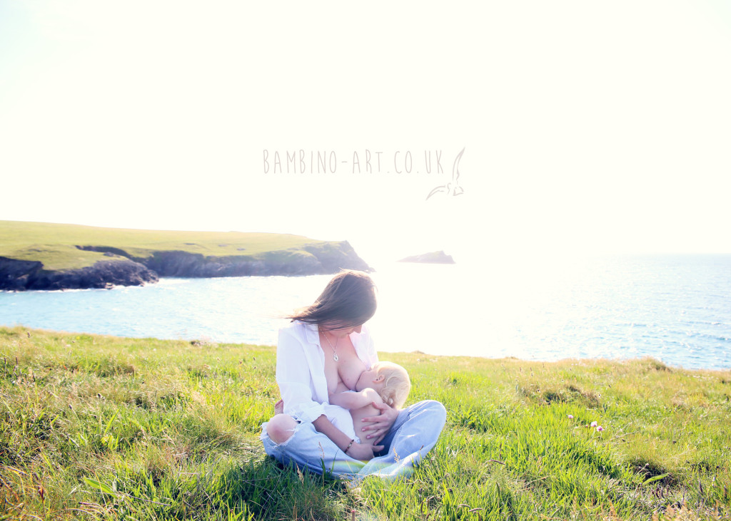nursing_breastfeeding_photographer_london_Cornwall